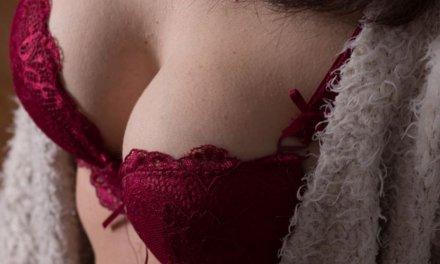 En qué consiste la mamoplastia o aumento de pechos