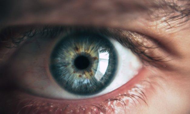 El envejecimiento de la población impulsa las cirugías para rejuvenecer la mirada