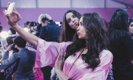 'Dismorfia snapchat': un nuevo trastorno de personas que buscan parecerse a sus selfies con filtro